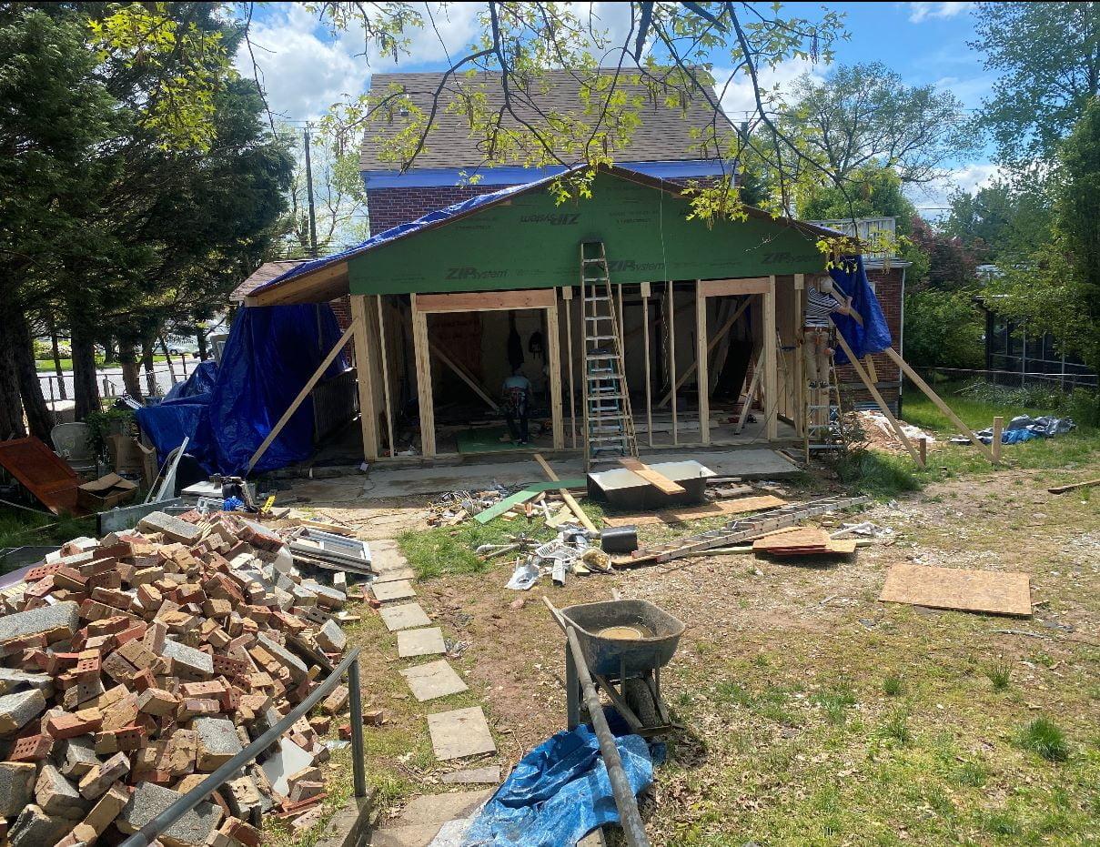 demolition 005 -e-